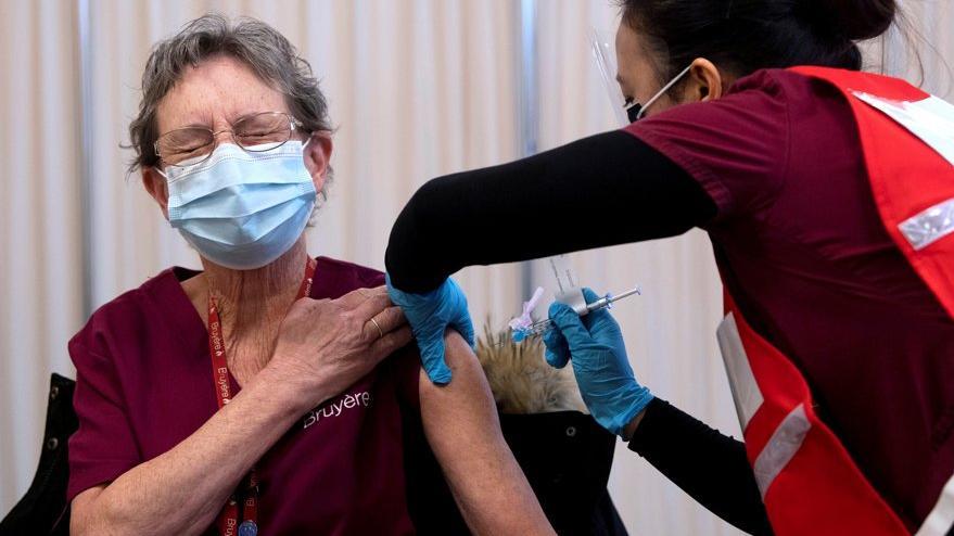 Corona virüsü aşısında 'helal mi' tartışması