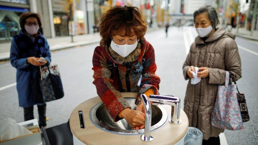 Corona virüsüne karşı validen flaş hamle: Evlerde de maske takın