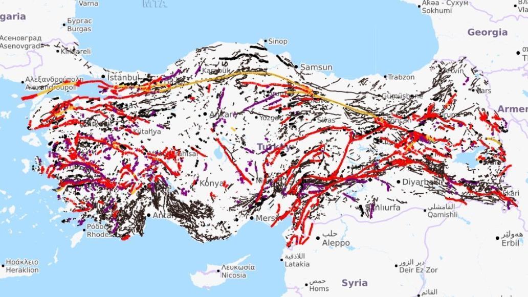 Türkiye'nin 20 yerinde her an deprem üretme olasılığı olan fay var