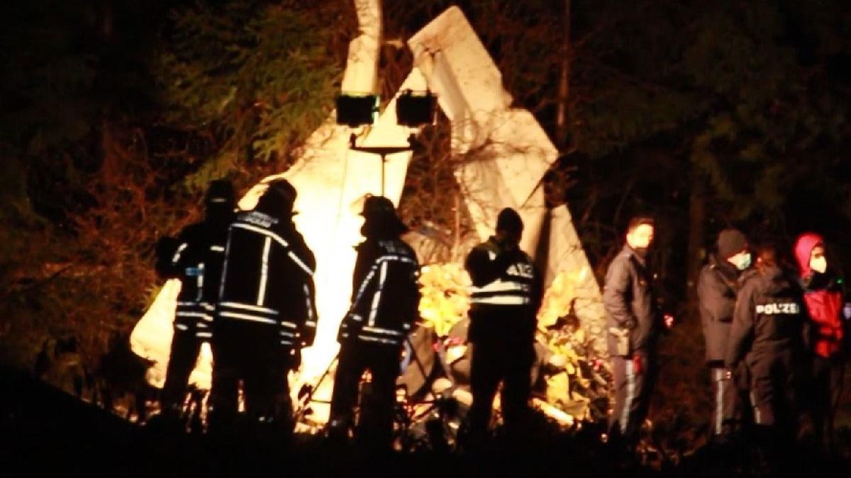 Türk siyasetçi kiraladığı uçakta öldü