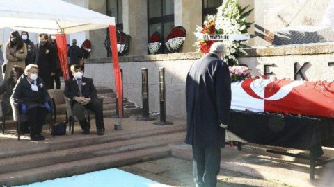 Kalp krizinden ölen ODTÜ eski Rektörü Acar için tören