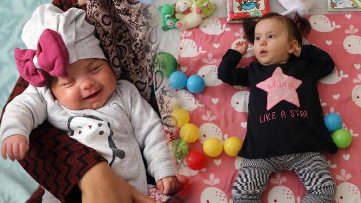 SMA hastası Elisa Evra ve Alara bebekler yardım bekliyor