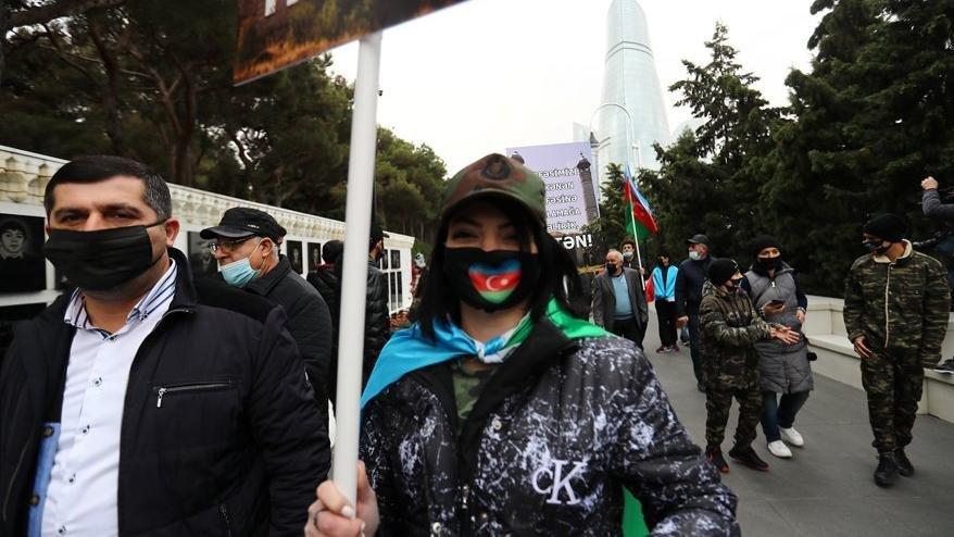 Azerbaycan'da son 24 saatte 341 corona vakası