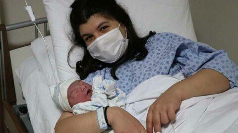 2021'in ilk bebeği 'Yiğit Efe' oldu