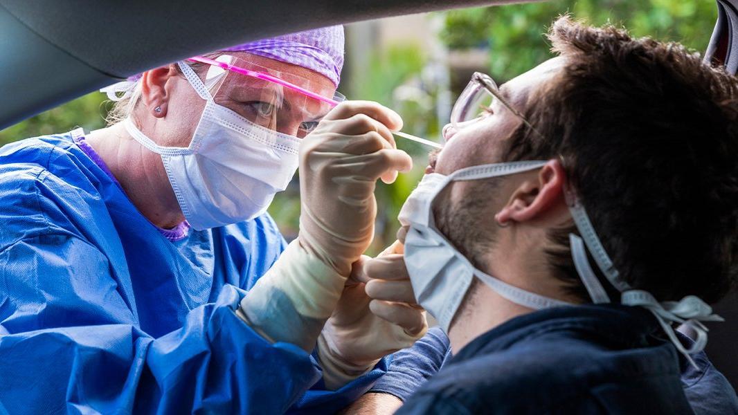 Op. Dr. Duman: Coronaya yakalananlarda, cinsel hastalıklar görülüyor