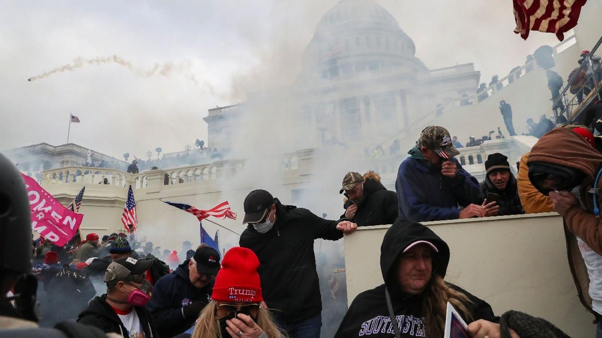 ABD'de kaos! Kongre'den tarihi fotoğraflar...