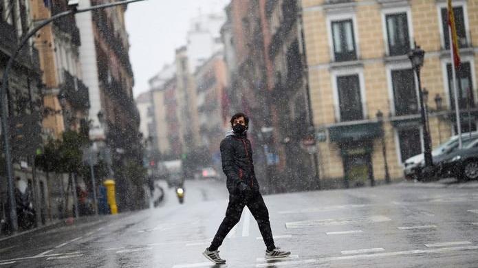 İspanya'da toplam vaka sayısı 2 milyonu aştı