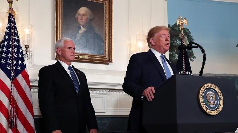 Donald Trump ile Mike Pence'in arası açıldı