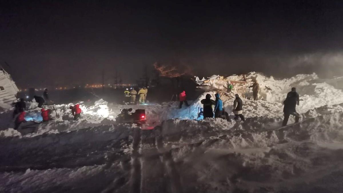 Rusya'da çığ faciası: En az 3 ölü