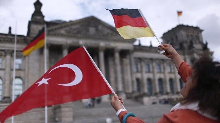 Almanya'ya iltica başvuruları 2020'de azaldı