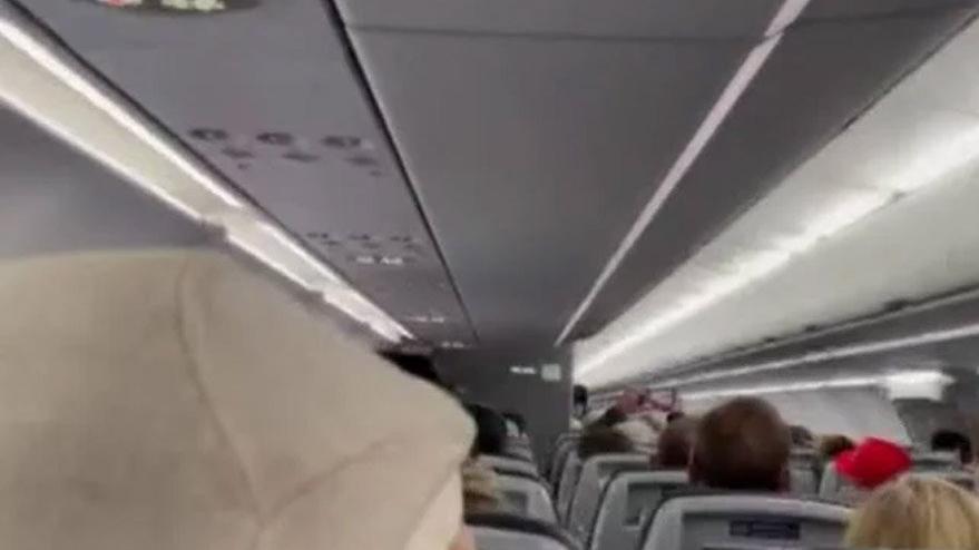 Uçaktaki Trump yanlılarına pilottan 'ıssız bir yere bırakma' tehdidi