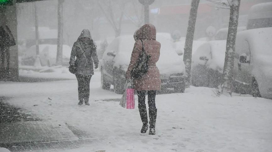 Her gün daha da soğuyacak... Kar İstanbul yolunda!