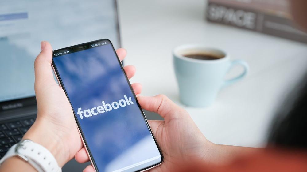 Facebook'tan Uganda'da hesap operasyonu