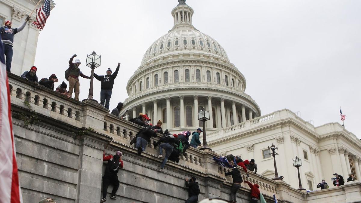 Kongre binası baskını sonrası temsilciler coronaya yakalandı