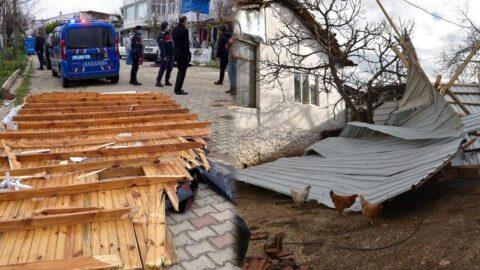 Fırtına çatıları uçurdu, ağaçları devirdi