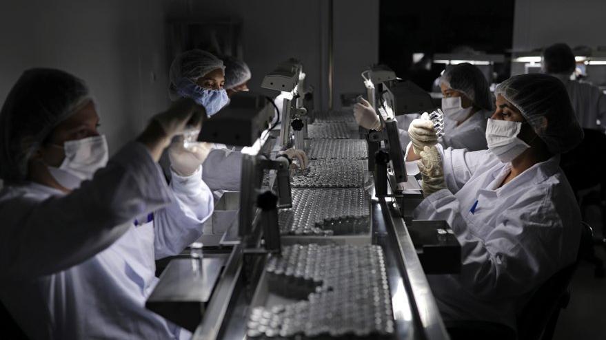 Sinovac'tan corona virüsü aşısıyla ilgili açıklama: Bizim için yeterli