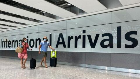 İngiltere'den birçok ülkeye uçuş yasağı kararı!