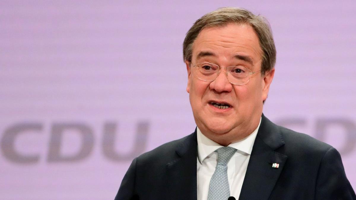 CDU'nun yeni lideri Armin Laschet oldu