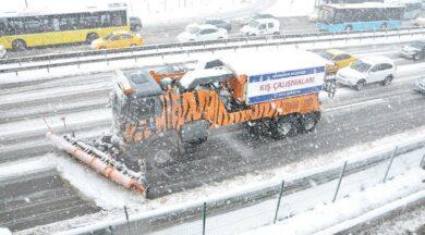İBB, yarına kadar devam edecek kar yağışı için teyakkuzda