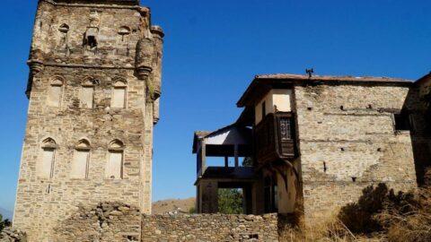 Muhteşem bir yapı, hem konak, hem kule: Arpaz Kalesi