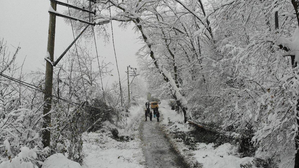 Kar yağdı, elektrik gitti, EBA yok, 5 gündür ders de yok