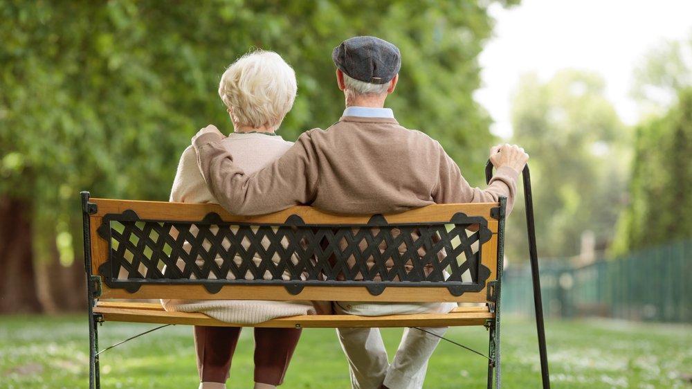 Almanya'da mahkeme yaşlı çifti aşılatmadı