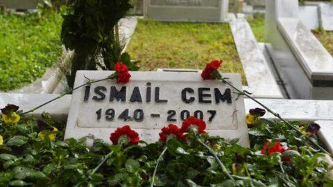 Eski Dışişleri Bakanı İsmail Cem mezarı başında anıldı