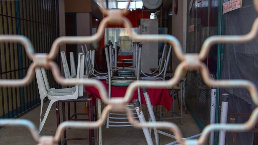 Ağbaba: 2020'de en az 100 bin esnaf kepenk kapattı