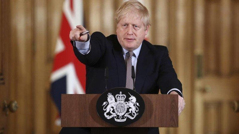 İngiltere'den 22 ülkeden gelenlere 10 gün karantina şartı