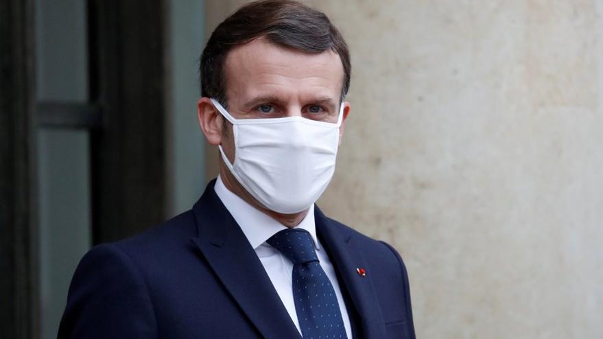 Macron'a corona aşısı suçlaması