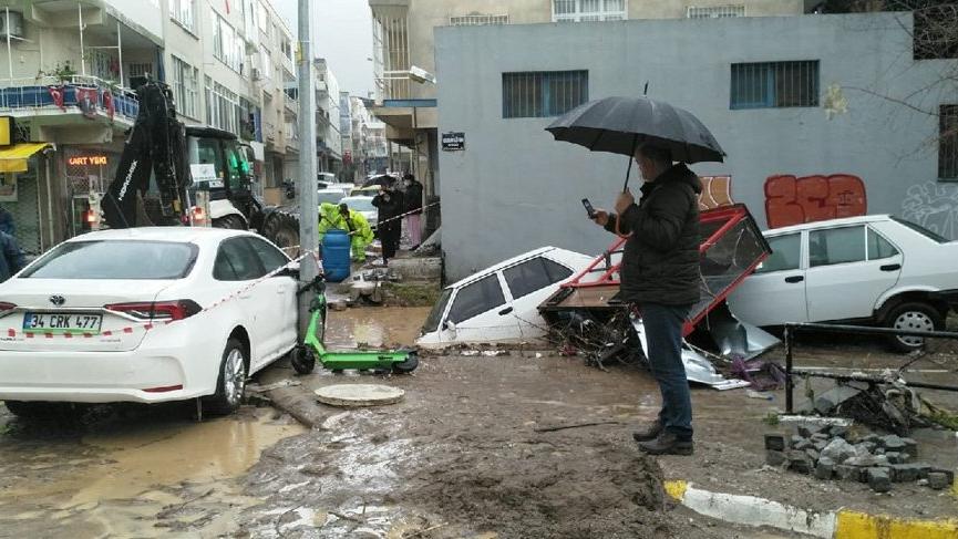 Tunç Soyer açıkladı: Bir mahalle boşaltılıyor