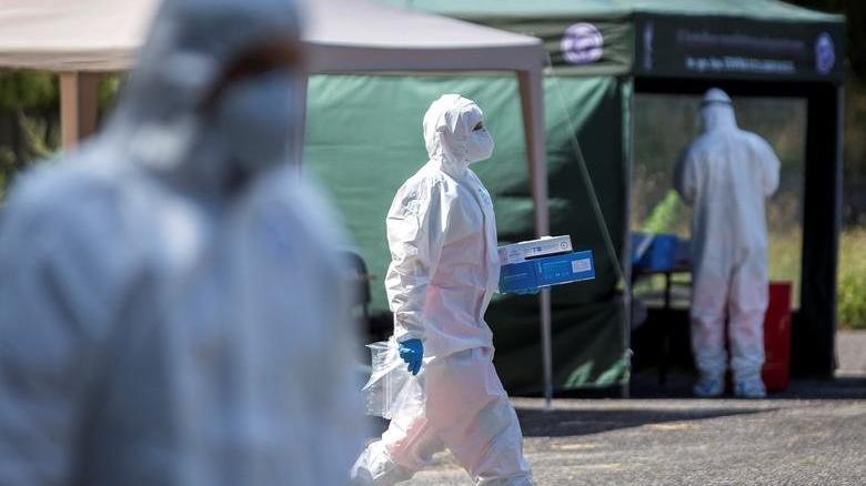 İngiltere'deki mutasyonlu corona virüsüyle ilgili korkutan gelişme