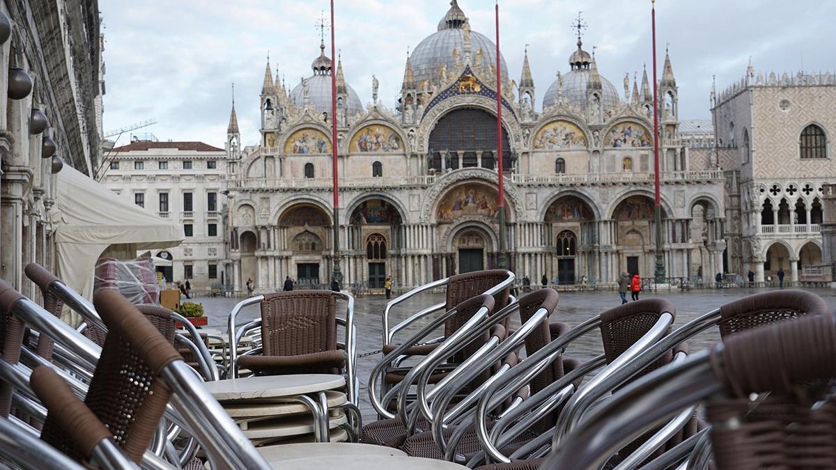 Venedik Karnavalı 2. kez iptal edildi, sokaklar bomboş kaldı