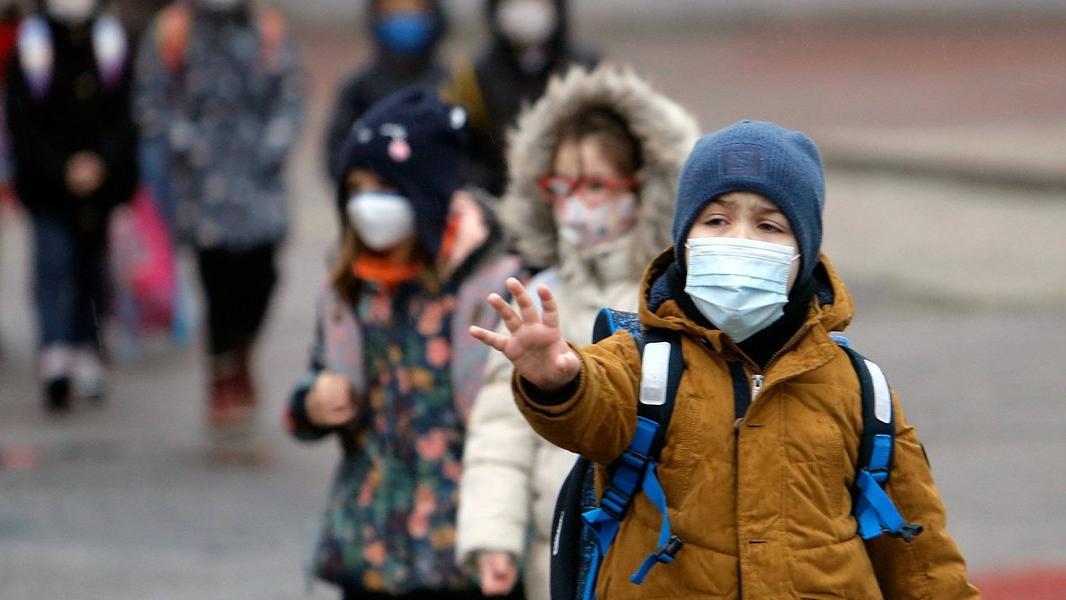 Bilim Kurulu Üyesi Yavuz: Türkiye'de yaygınlaşan İngiltere varyantı, okulların açılmasını öteledi