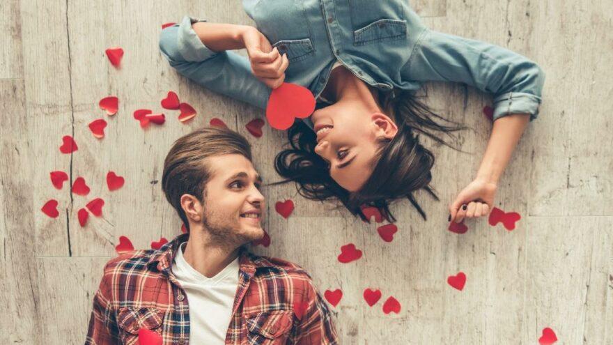 En anlamlı Sevgililer Günü mesajları ve sözleri…