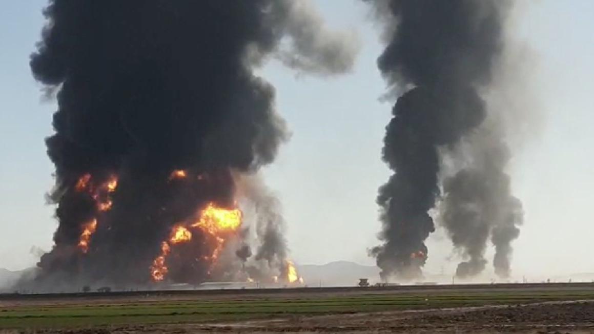 Afganistan'da akaryakıt yüklü tanker ve TIR patladı
