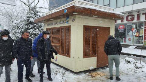 AKP'li belediye Halk Ekmek büfesini kaldırdı, İBB yenisini koydu