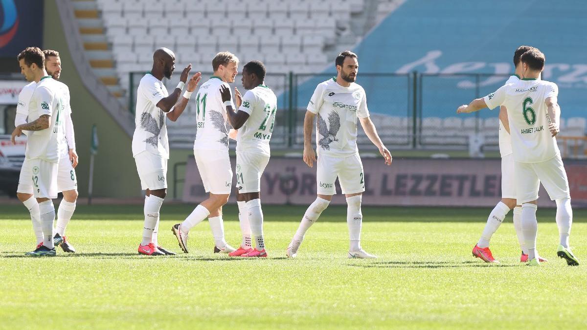 Konyaspor hayata döndü! 5 maç sonra galibiyet...