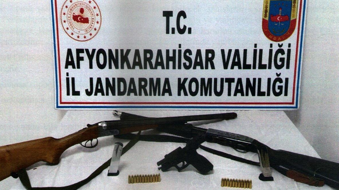 Sahte altınla 500 bin liralık dolandırıcılığa iki tutuklama
