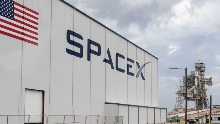 SpaceX'in yeni yatırımlar için bütçesi hazır