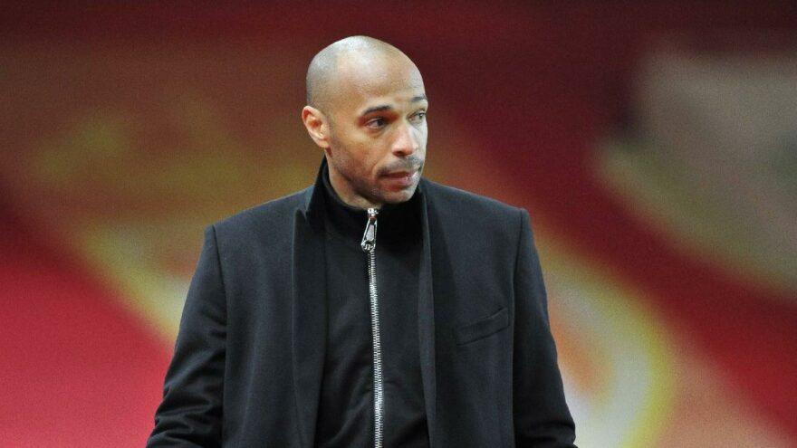 Thierry Henry, İngiltere'ye geri döndü ve Bournemouth'un yeni hocası oldu