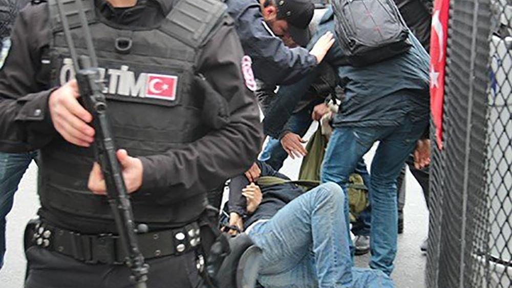 AYM'den ters kelepçeye 15 bin lira tazminat kararı