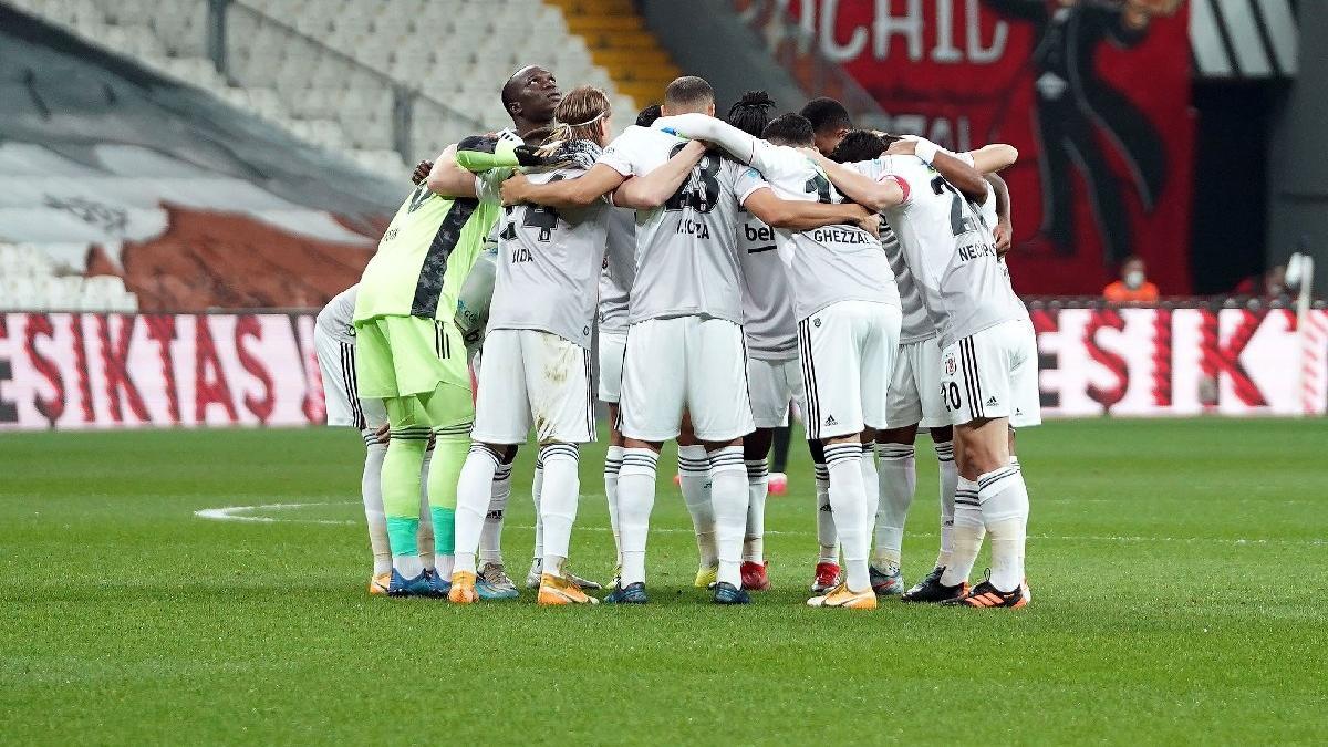 Beşiktaş İstanbul'da kalacak! 8 maçın 7'si...