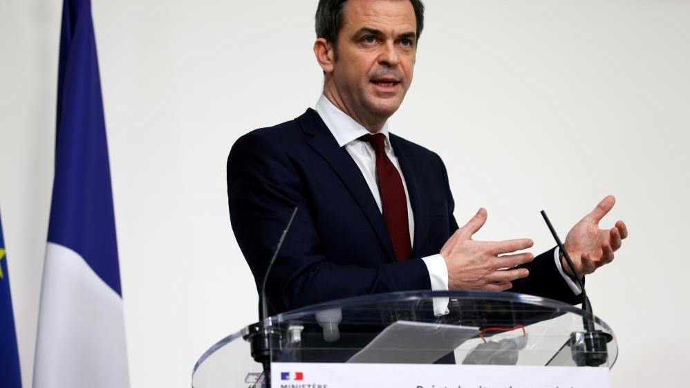 Fransa'da corona hastalarının karantina süresi 10 güne çıkarıldı