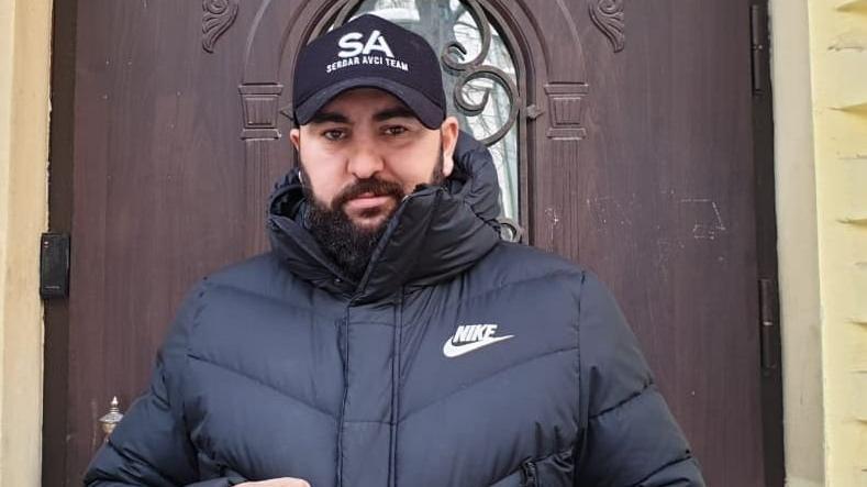 Şampiyonluk maçı ertelenen Serdar Avcı, altın kemere kilitlendi