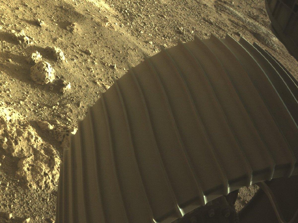Perseverance, Mars'tan yeni fotoğraflar yayınladı 15