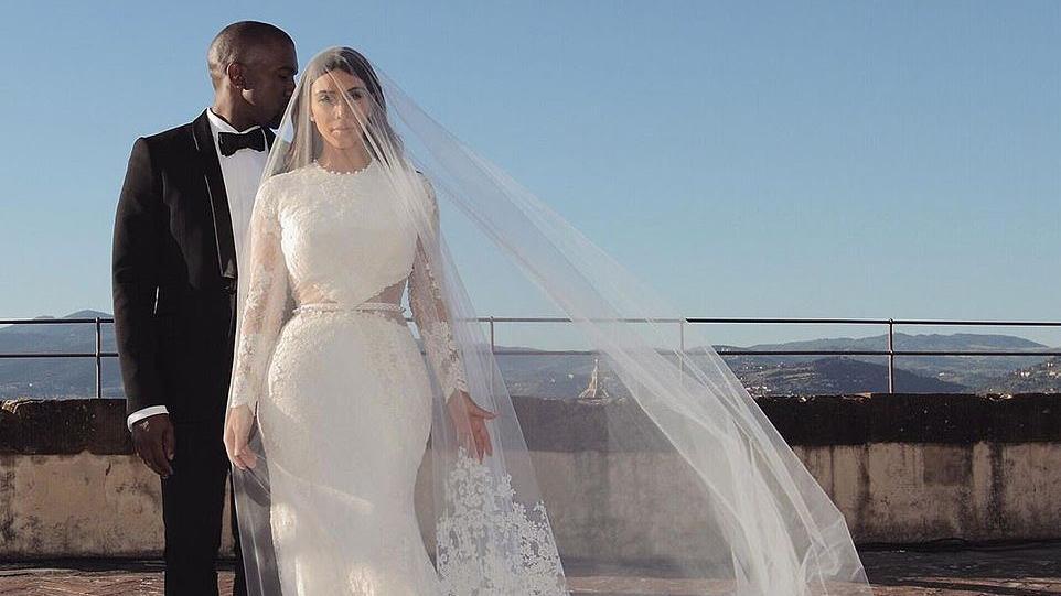 Belgeler ortaya çıktı... Kim Kardashian Kanye West'e boşanma davası açtı