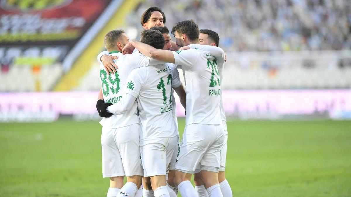 Konyaspor'dan Malatyaspor karşısında tarihi geri dönüş: 2-3