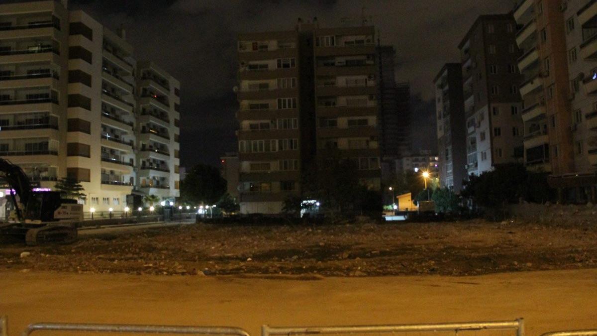 Rıza Bey Apartmanı'nın yeri deprem hatıra alanı olacak
