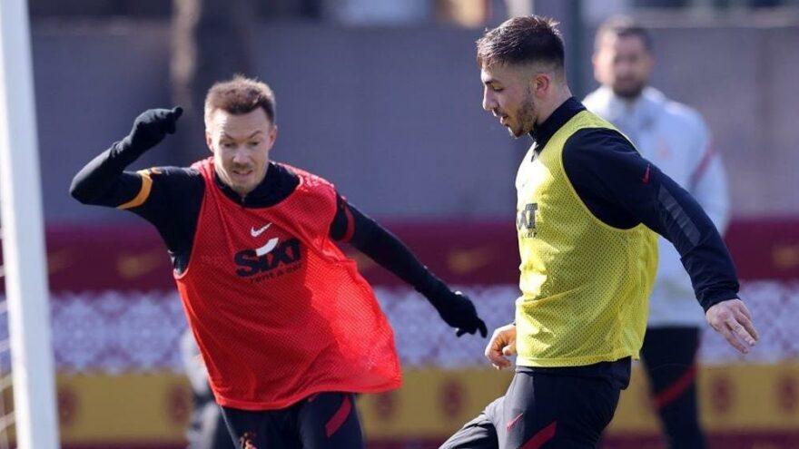 Galatasaray'da Halil Dervişoğlu takımla çalıştı